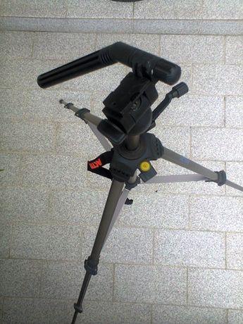 Vendo tripé para máquina fotográfica/filmar