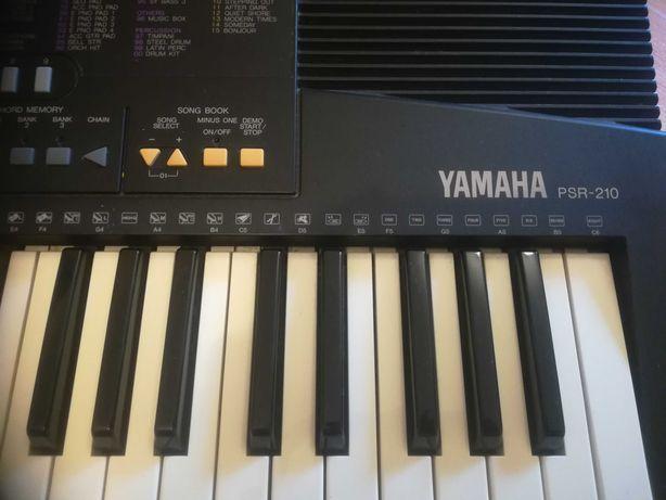Keyboard Yamaha PSR 210