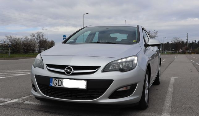 Opel Astra J 2016r benzyna + LPG