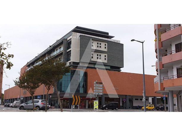 Parque de estacionamento - Marinha Grande