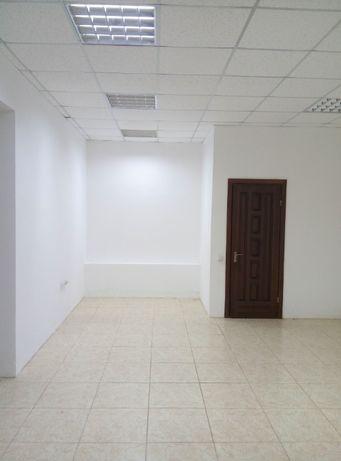 Оренда торгово-офісне приміщення 70кв.м біля Автовокзалу