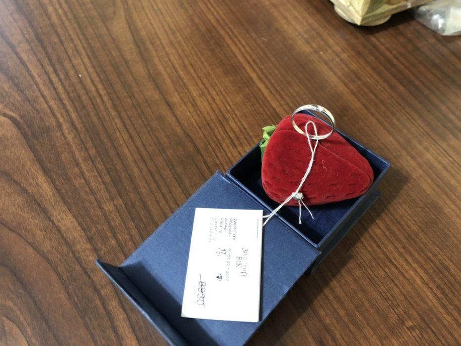 Обручальное кольцо с бриллиантом новое Тульчин - изображение 1