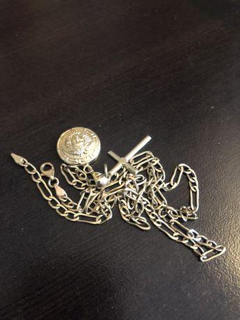 Złoty 585 łancuszek figaro zawieszka krzyz + Versace 18k złoto proba