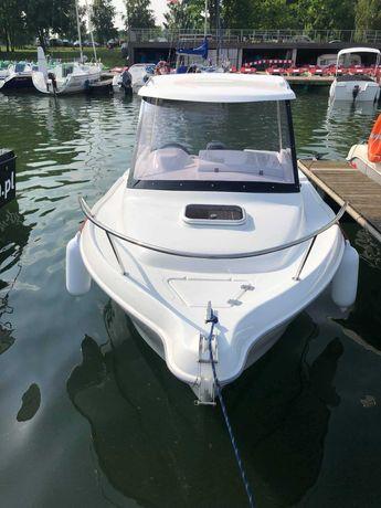 Cortina 480 Pilothouse - nowa łódź motorowa na zamówienie