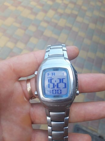 наручные кварцевые часы Casio
