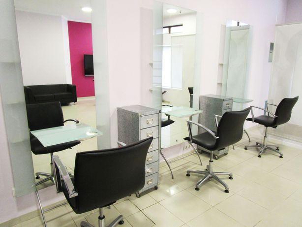 Mobiliário para Cabeleireiro Profissional Seminovo - Recheio Salão