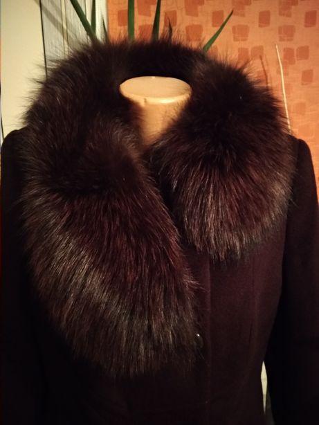 Зимове жіноче пальто