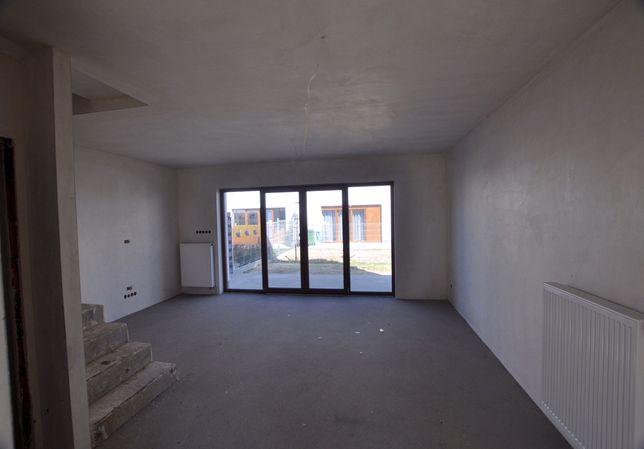 Szeregowiec !! 80 m2 + strych !! LUBOŃ
