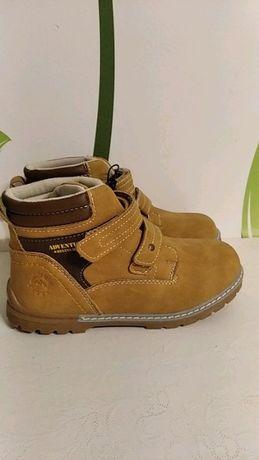 NOWE buty chłopięce 32 musztardowe na rzepy