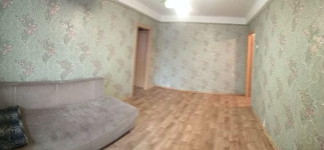 Продам двух комнатную в Соломенском районе