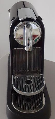 Máquina de Café - Delonghi