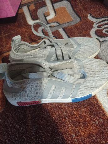 Кросівки кросовки