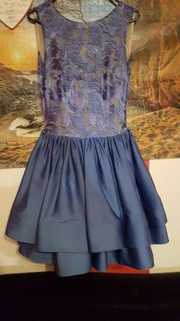 Sukienka firmy lavika model Demi xs