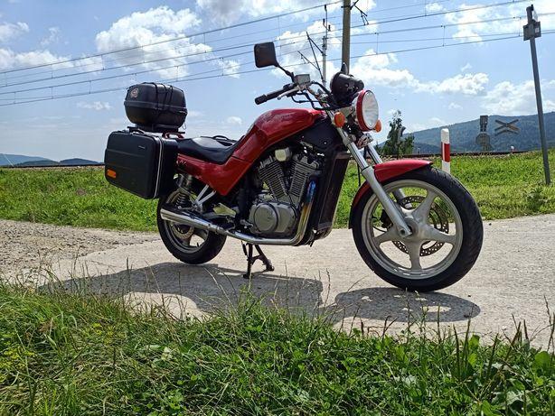 Suzuki VX800 z kuframi, zamiana mozliwa