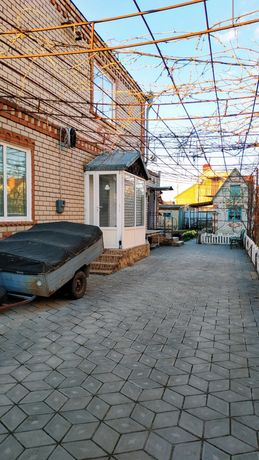Продам просторный дом на Восточном