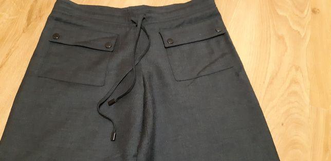 Oryginalne Burberry London- spodnie 96 % wełny