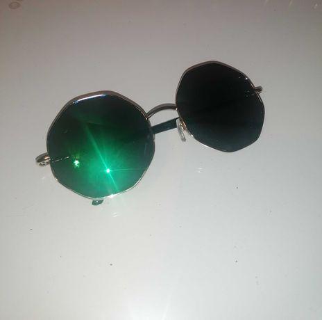 Óculos de sol diferentes