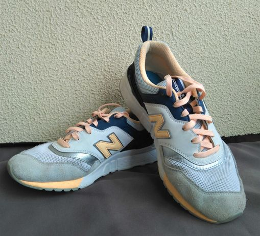 Ténis New Balance 40