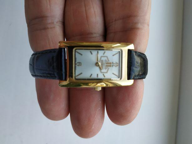 Часы женские кварцевые Kleynod