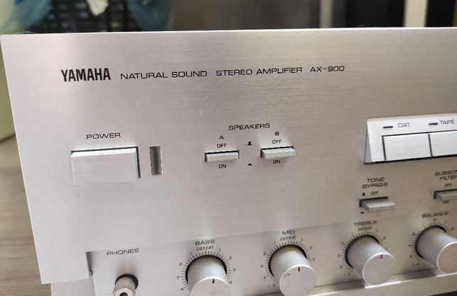 Wzmacniacz YAMAHA AX-900