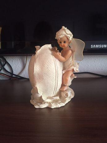 Biala skarbonka z aniołkiem