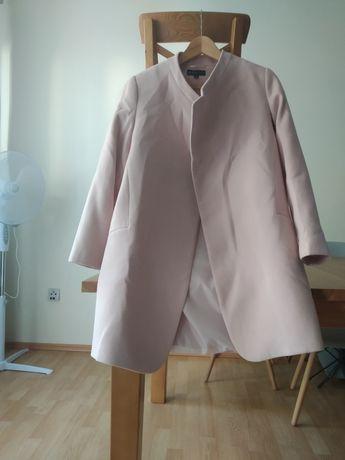 Płaszcz 68% wełna
