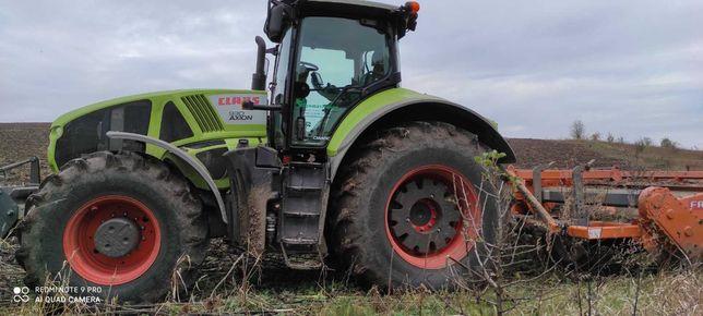 Трактор CLAAS 930