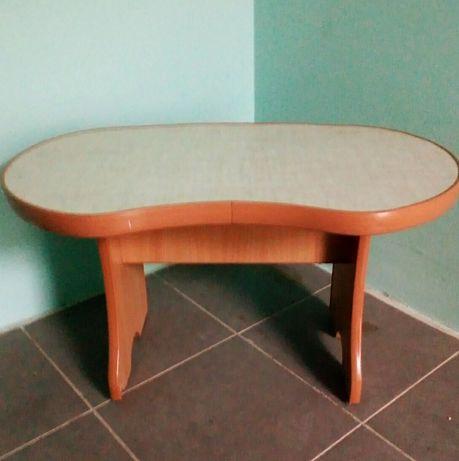 Стол детский, столик