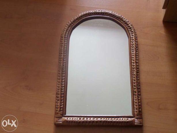 Sapateira com espelho