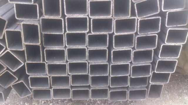40x30x2mm Profil zamknięty / rura prostokątna/ kształtownik L6m Lubicz Dolny - image 1