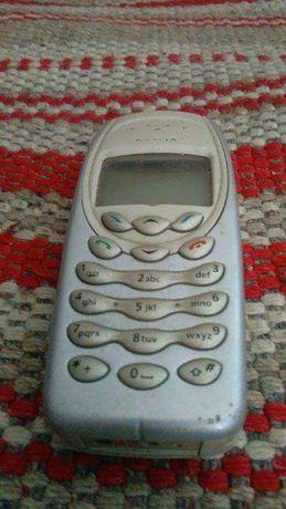 Telemóvel Nokia antigo para peças