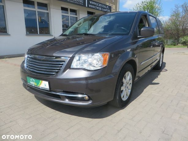 Chrysler Town & Country 7 osobowy!! Skora!! Dvd!! 3.6...