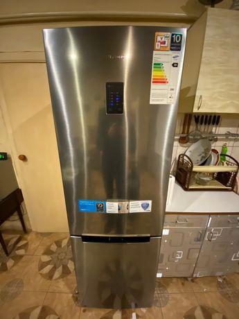 Холодильник Samsung RB31FERMDWW