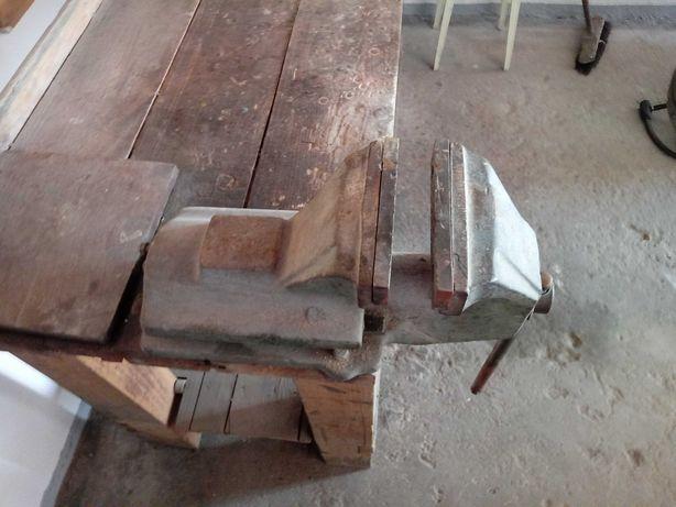 Imadło ślusarskie plus stół