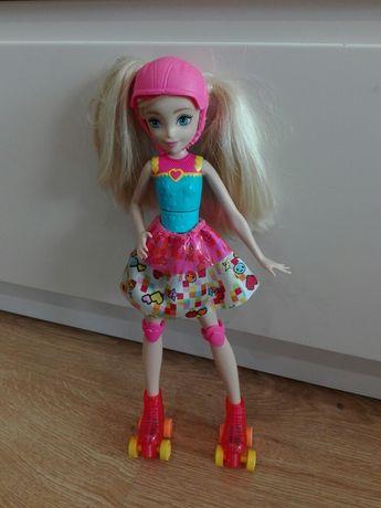 Lalka Barbie na rolkach