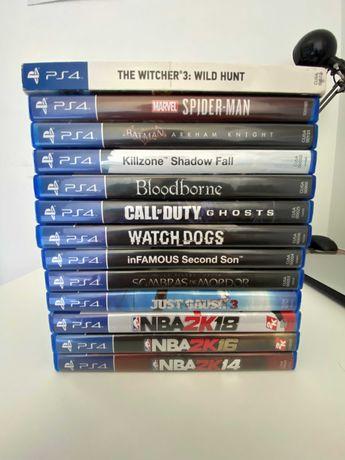 PS4 500GB+Coleção de jogos PS4/PS5+3 controllers [Boa condição]