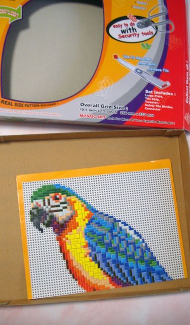 Мозайка пиксельная попугай
