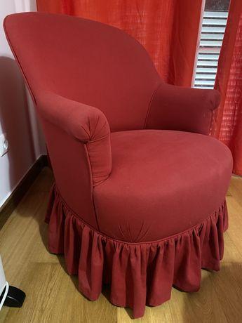 Sofa vermelho  (poltrona)