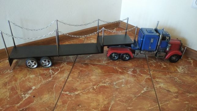 Tir model metalowa ozdoba