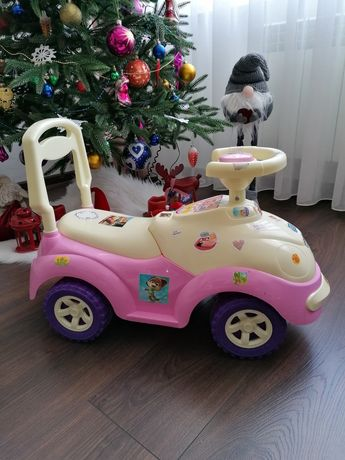 Машина дитяча. 550 грн.