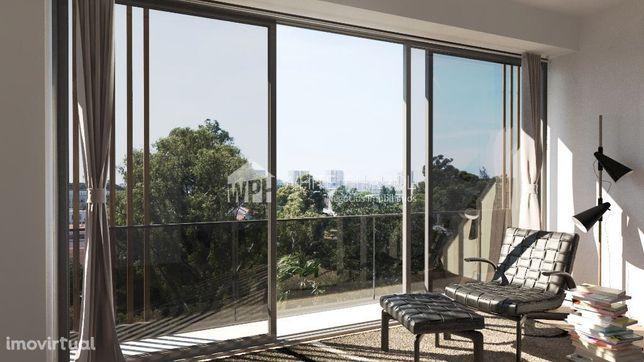 T4 Duplex no Campo Grande, com 3 lugares de estacionamento e terraç...