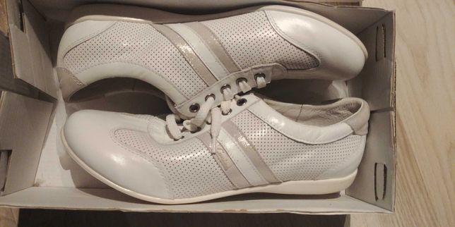 Nowe sneakersy CONTES r.39 skórzane.