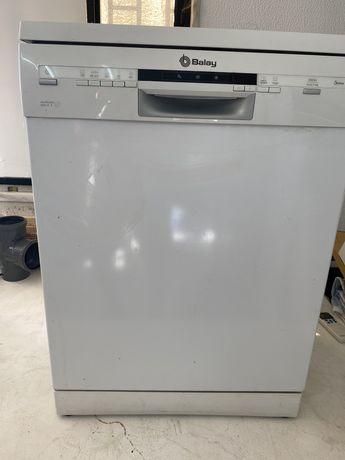 Maquina lavar loica Balay como nova.