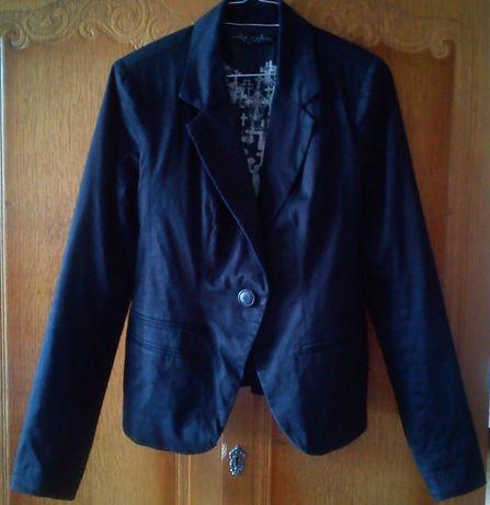 Пиджак для девочки, размер 42-44 (укр.)