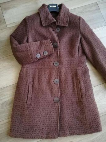 Płaszcz z włoskiego materiału