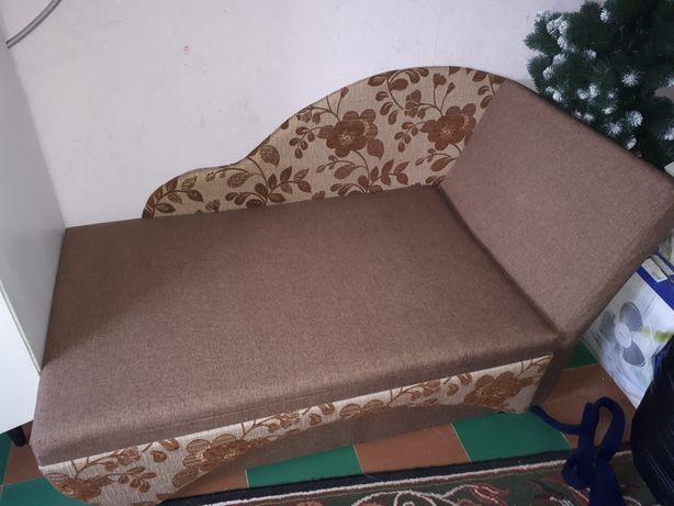 Раскладной спальный диван