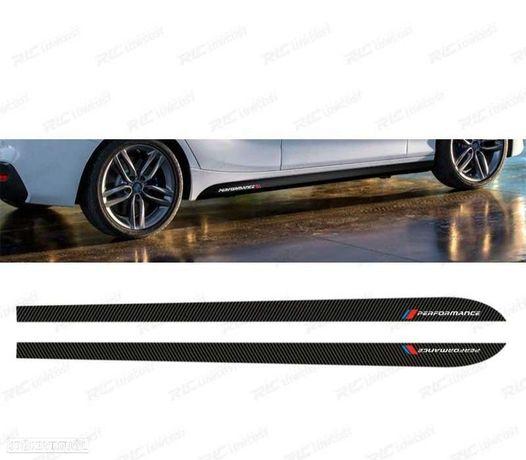 EMBELEZADOR LATERAL M PERFORMANCE EM CARBONO PARA BMW SERIE 4 F32 / F33 COUPE / CABRIO 13-