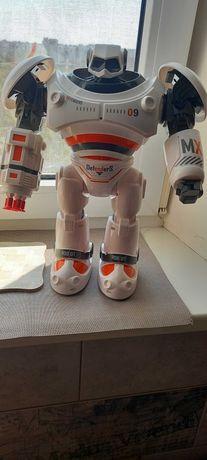 Интерактивная игрушка Robot с пулями. Стреляет со звуком.