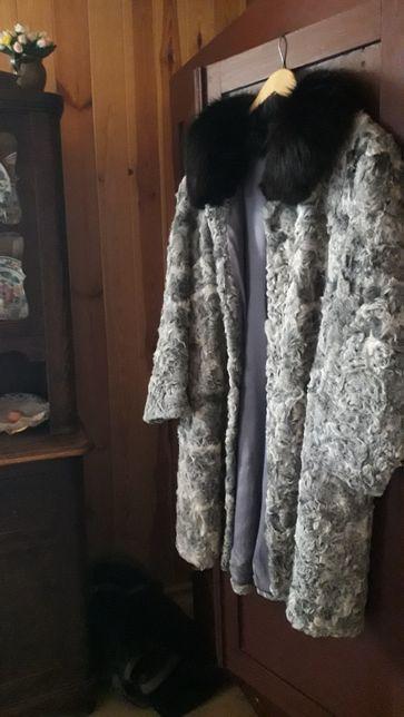 Futro JAK NOWE rozmiar L/XL biało czarne futerko