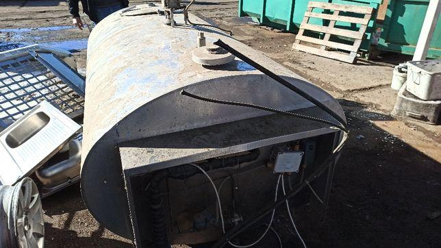 schładzialnik 1700 Litrów, chłodnia, zbiornik do mleka, na mleko !